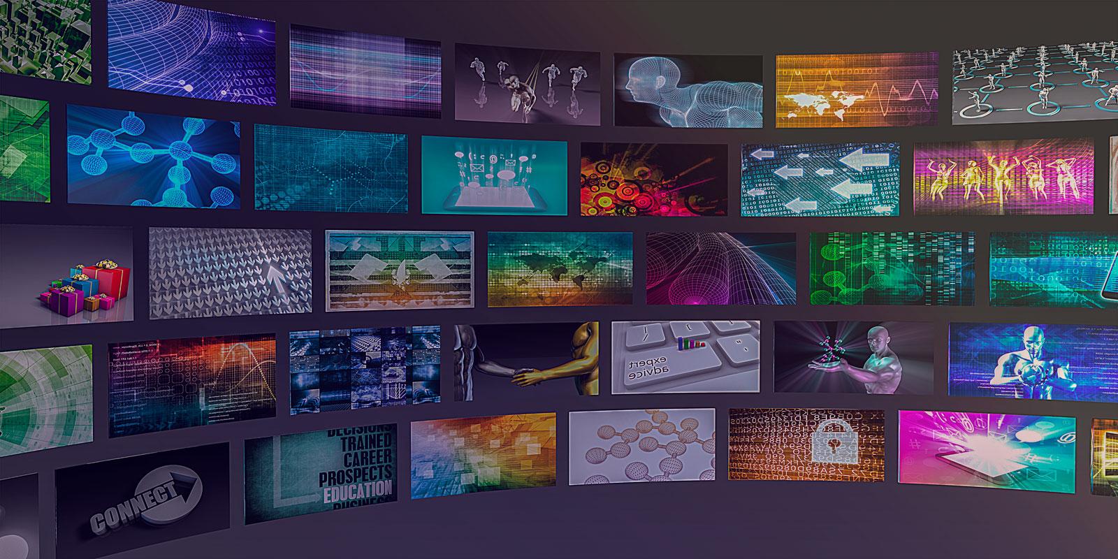 Verschiedene Bildschirme mit Informationen