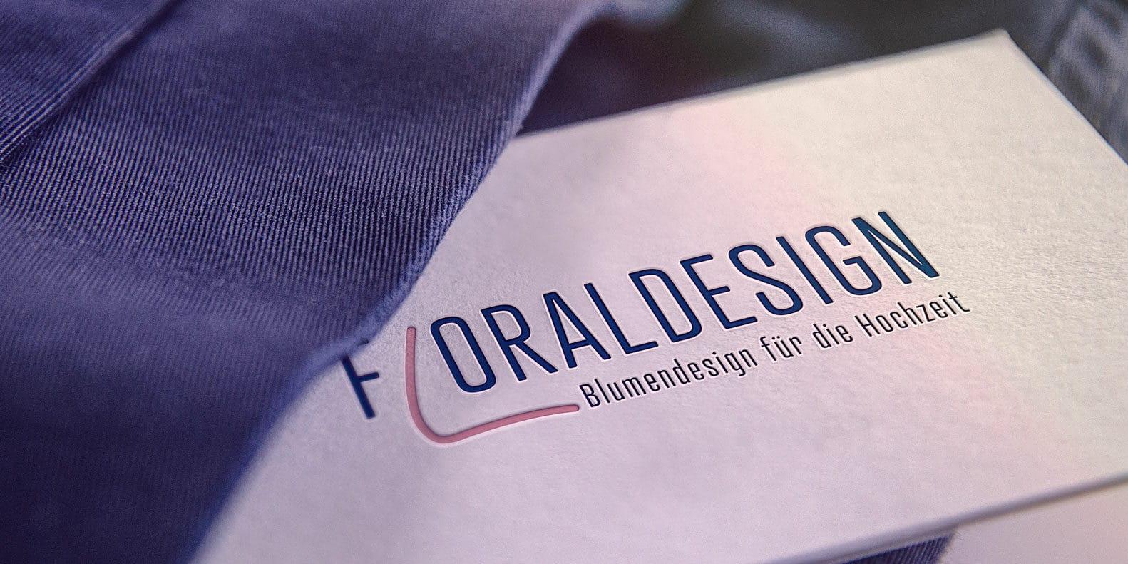 Visitenkarte mit dem Floraldesign Logo
